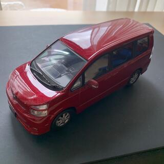 トヨタ(トヨタ)のカラーサンプルVOXY赤(ミニカー)