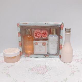 1643/ Floral Bath Bath GiftとFORTUNA  セット(入浴剤/バスソルト)