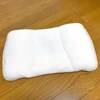 ニトリ(ニトリ)のニトリ 美品 高さ調整 10箇所まくら パイプ(枕)