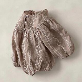 フラワーレース 刺繍ロンパース 韓国ベビー服