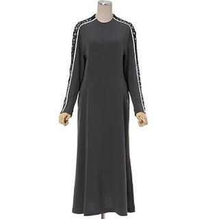 マメ(mame)のmame Osmanthus Motif Mmbroidery Dress(ロングワンピース/マキシワンピース)