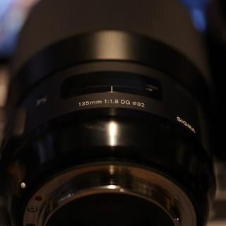 SIGMA - 【超美品】 SIGMA Art 135mm F1.8 DG HSM  CANON