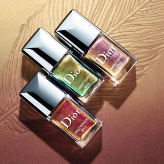 Dior - 【特別限定品】DIOR ディオール ヴェルニ バーズ オブ ア フェザー ネイル