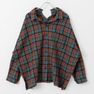 ケービーエフ(KBF)のWIDEチェックシャツ(シャツ/ブラウス(長袖/七分))