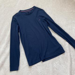 トミーヒルフィガー(TOMMY HILFIGER)のtommy トミー メンズトップス 美品(Tシャツ/カットソー(七分/長袖))