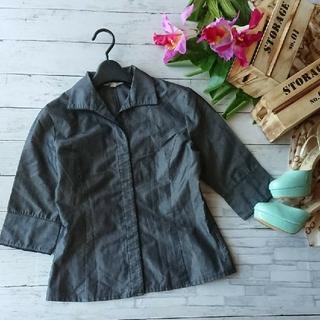 ミッシェルクラン(MICHEL KLEIN)のMICHELKLEIN☆隠しボタン×7分袖×光沢薄手シャツジャケット(その他)