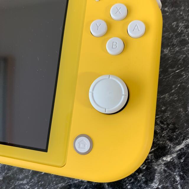 Nintendo Switch(ニンテンドースイッチ)のスイッチライト Nintendo Switch  Lite イエロー エンタメ/ホビーのゲームソフト/ゲーム機本体(携帯用ゲーム機本体)の商品写真