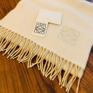 LOEWE - 大人気☆ LOEWE 刺繍 アナグラム ツートーン マフラー