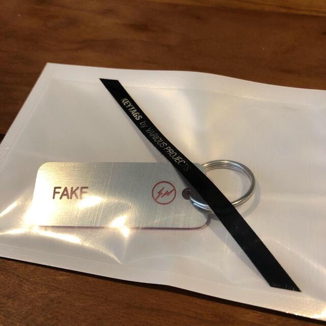 FRAGMENT(フラグメント)のVarious Keytags × fragment FAKE メンズのファッション小物(キーホルダー)の商品写真