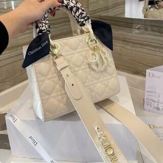 ディオール(Dior)の大人気可愛いディオールDiorハンドパック(ポーチ)