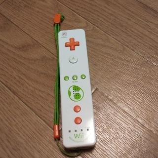 ウィー(Wii)のWiiリモコンプラス ヨッシーとピーチセット(その他)