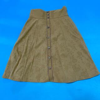 アクシーズファム(axes femme)のバラ柄キャメル色スカートMサイズ(ひざ丈スカート)