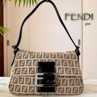 FENDI - 新品未使用 FENDI フェンディ マンマバケットミニ レザーショルダーバッグ