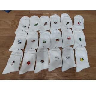 プニュズ(PUNYUS)のメロンパン様専用・新品☆PUNYUS☆ワンポイント刺繍ソックス(ソックス)