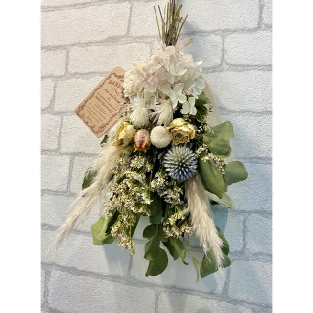 ドライフラワー スワッグ❁85 薔薇 あじさい 青ブルー 白ホワイト 花束 ハンドメイドのフラワー/ガーデン(ドライフラワー)の商品写真