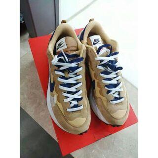 Sacai x Nike VaporWaffle DD1875-200(スニーカー)