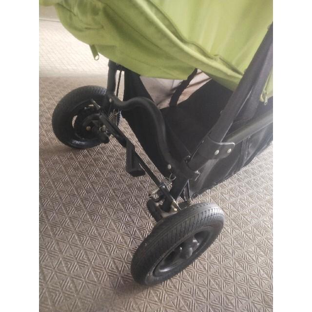 AIRBUGGY(エアバギー)のエアバギーの三輪ベビーカー キッズ/ベビー/マタニティの外出/移動用品(ベビーカー/バギー)の商品写真