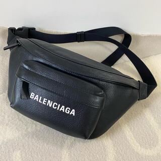 Balenciaga - バレンシアガ エブリデイ ボディバッグ ウエストポーチ EVERYDAY 美品