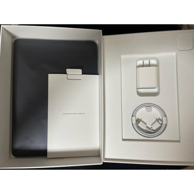 Apple(アップル)のipad pro 11インチ(第2世代) 256GB wi-fi スマホ/家電/カメラのPC/タブレット(タブレット)の商品写真