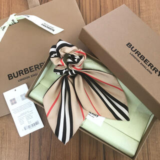 BURBERRY - バーバリーチルドレン ヘアアクセサリー