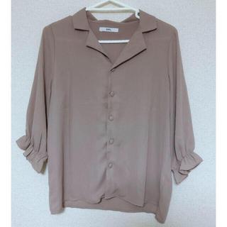グレイル(GRL)の⭐️GRL キャンディスリーブシャツトップス(シャツ/ブラウス(半袖/袖なし))