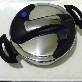 圧力鍋 フッ素加工   美品(調理道具/製菓道具)