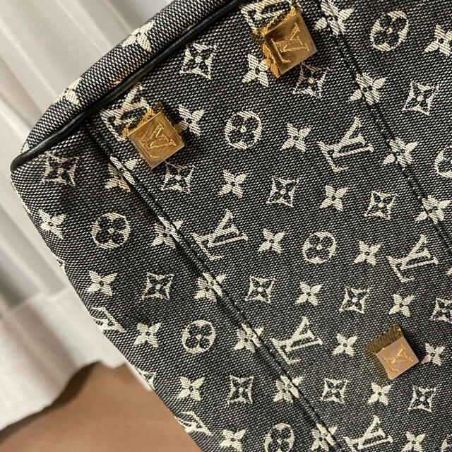 LOUIS VUITTON(ルイヴィトン)のルイヴィトン  モノグラムミニ ジョセフィーヌ PM レディースのバッグ(ハンドバッグ)の商品写真