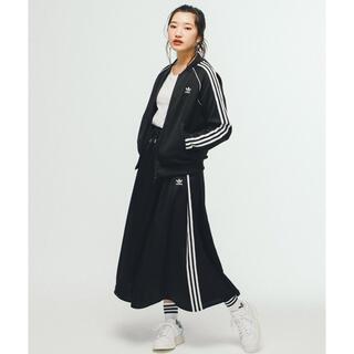 adidas - adidas サテンスカート