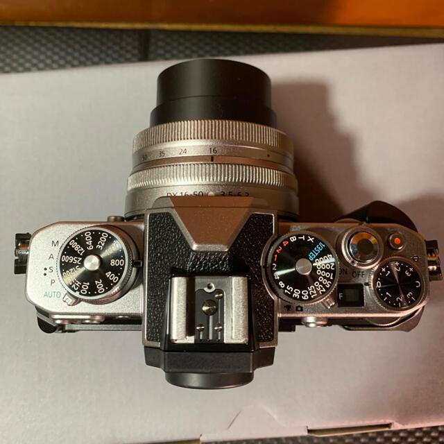 Nikon(ニコン)の【はちみつパンダ様専用】Nikon Zfc 16-50SLKit Zfc-GR1 スマホ/家電/カメラのカメラ(ミラーレス一眼)の商品写真