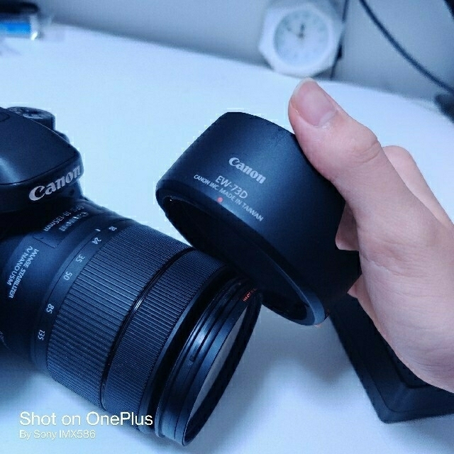 Canon(キヤノン)のEOS80D+EFS18-135 USM スマホ/家電/カメラのカメラ(デジタル一眼)の商品写真