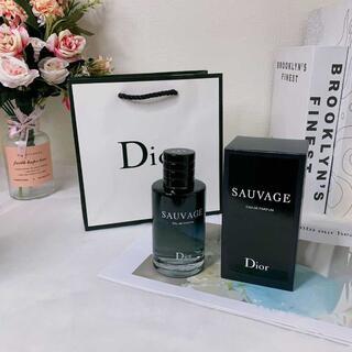 クリスチャンディオール(Christian Dior)のディオール ソヴァージュ 100ml メンズ薄い香香水(香水(男性用))