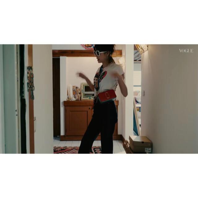 MARC JACOBS(マークジェイコブス)のMarcJacobs☆スナップショットcamerabagベージュ森星着用こじはる レディースのバッグ(ショルダーバッグ)の商品写真