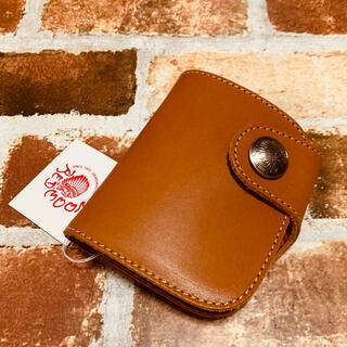 レッドムーン(REDMOON)の未使用レッドムーン ショートウォレット 2つ折り財布 タン本革(折り財布)