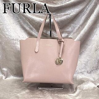 フルラ(Furla)の☆極美品☆FURLA サリー Sトートバッグ 現行品 ハンドバッグ シュリンク(ハンドバッグ)