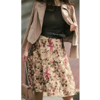 JUSGLITTY - JUSGLITTYジャスグリッティー美品:サイズ1 膝丈ペイントフラワースカート