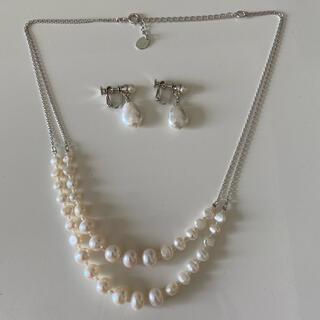 ヴァンドームアオヤマ(Vendome Aoyama)の美品☆VENDOMEBOUTIQUE 天然バロック真珠2連ネックレス&イヤリング(ネックレス)