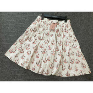 ミュウミュウ(miumiu)の新品 miumiu フレア スカート 柄 イカリ ホワイト 白(ひざ丈スカート)