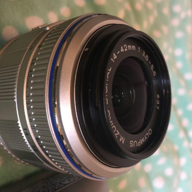 OLYMPUS(オリンパス)のOLYMPUS E−PL 2 ダブルズームキット スマホ/家電/カメラのカメラ(ミラーレス一眼)の商品写真