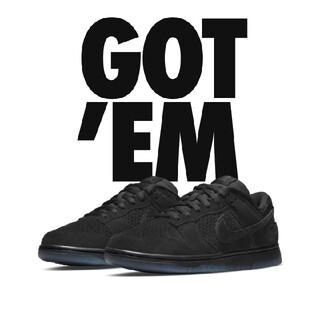 """NIKE - UNDEFEATED × NIKE DUNK LOW SP """"BLACK"""" 27"""