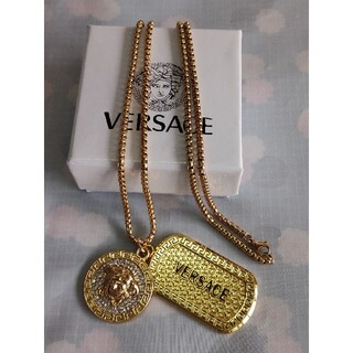 ヴェルサーチ(VERSACE)の人気Versaceヴェルサーチ ネックレス  ファション(ネックレス)