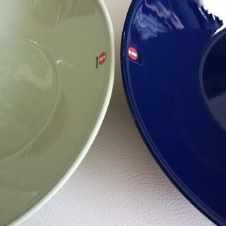 イッタラ(iittala)の新品 21cm ボウル イッタラ セラドングリーン & ブルー(食器)