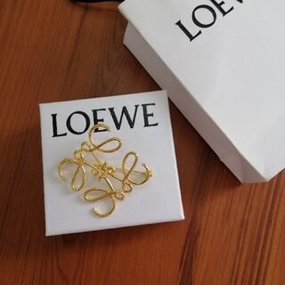 LOEWE - ♥ロエベ インスタでも大人気! アナグラム ブローチ ゴールド