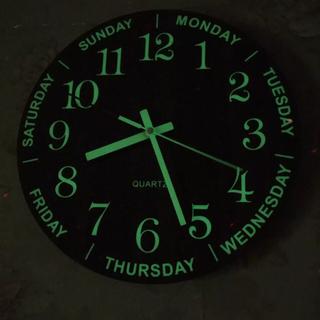 掛け時計✴︎蓄光✴︎寝室✴︎インテリア✴︎北欧✴︎木製✴︎ウォールクロック