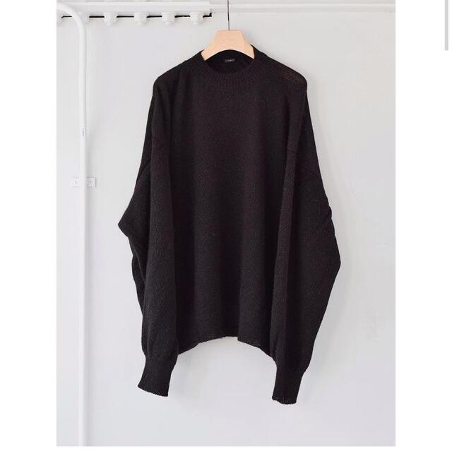 COMOLI(コモリ)のcomoli  ブラックアルパカクルーネックニット メンズのトップス(ニット/セーター)の商品写真