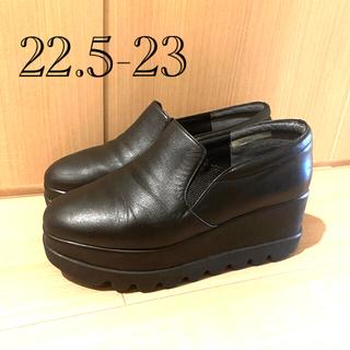 DIANA - ヒルズアベニュー 22.5 23 黒 厚底 スニーカー プラットフォーム 靴
