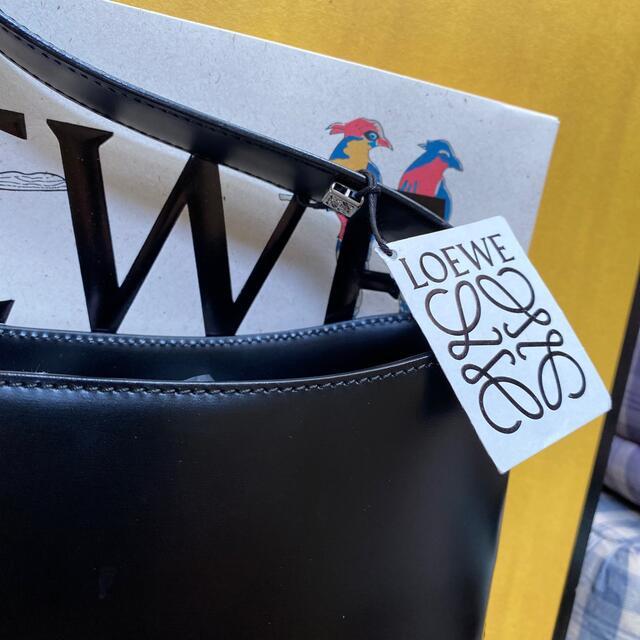 LOEWE(ロエベ)のロエベショルダーバッグ レディースのバッグ(ショルダーバッグ)の商品写真