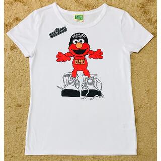 セサミストリート(SESAME STREET)のセサミストリート エルモ ビッグスニーカー Tシャツ M ホワイト(キャラクターグッズ)