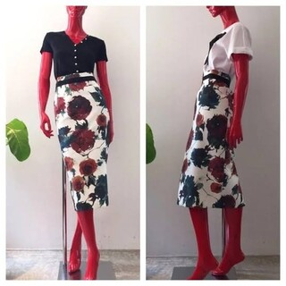ダブルスタンダードクロージング(DOUBLE STANDARD CLOTHING)の美品  sov. ダブルスタンダードクロージング 花柄 スカート  36(ひざ丈スカート)
