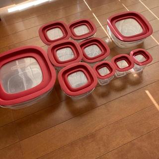 コストコ(コストコ)のラバーメイド 保存容器 コストコ 赤 プラスチック タッパー bpaフリー(容器)