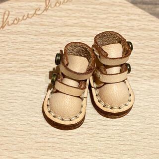 イーマリー、ブライス、リカちゃんサイズの靴